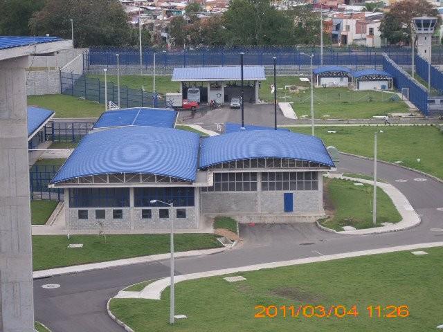 Complejo penitenciario y carcelario - ibague picaleña